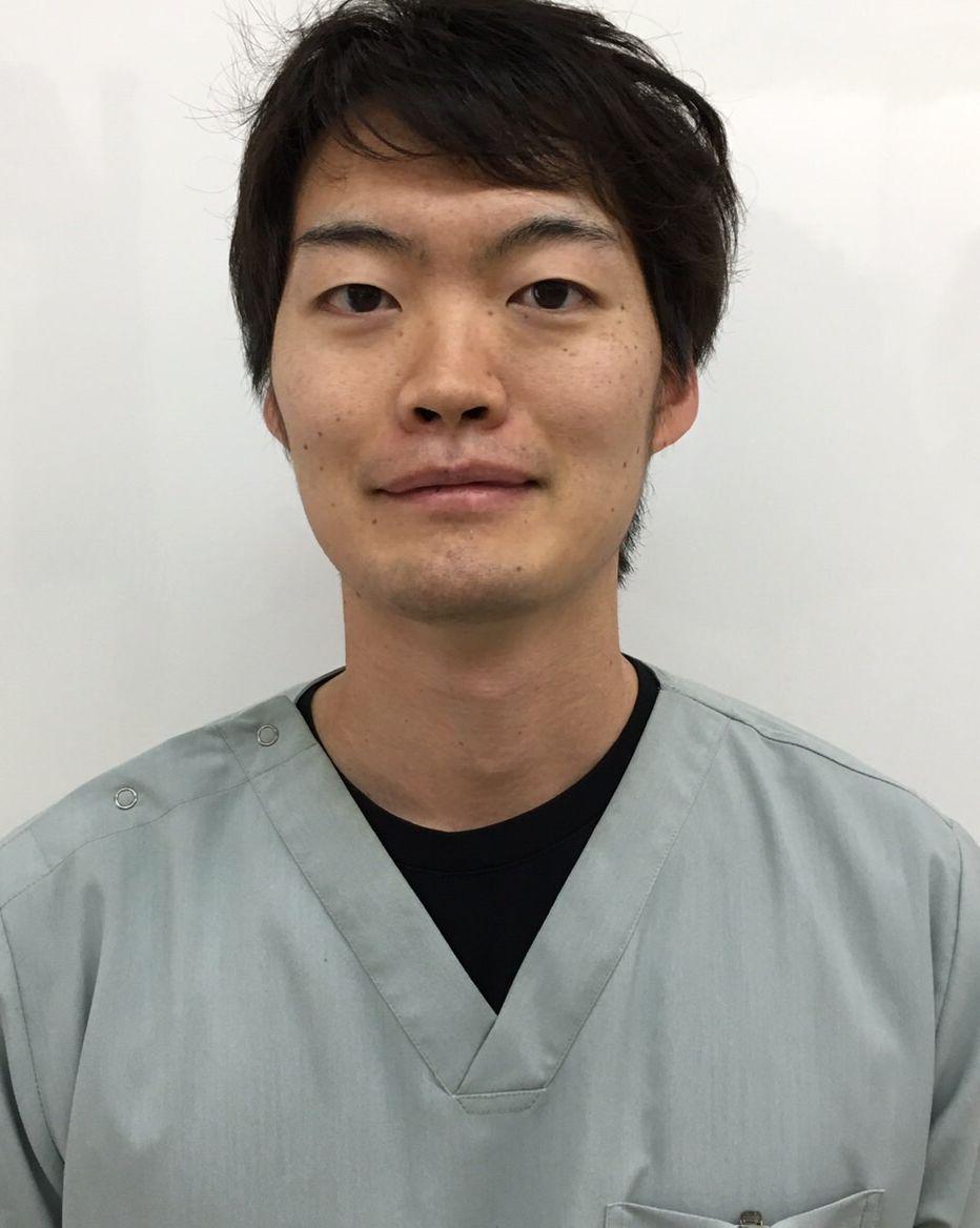 歯科医師 東仁